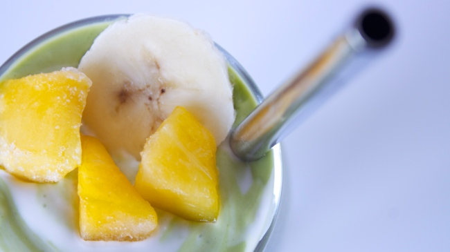 Mango-Coconut Smoothie