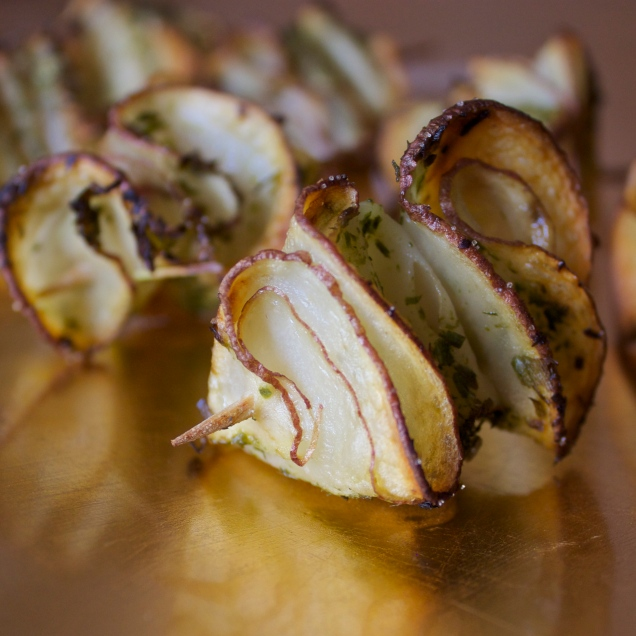Cocktail Chive Potato Crisps